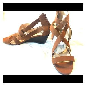 JustFab Shoes - Straps wedge sandal- never been worn